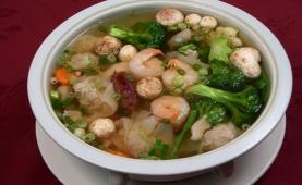 #13 Wor Wonton Soup