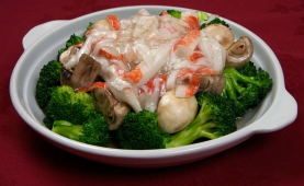 #63 Broccoli & Mushroom with Crab Meat Sauce